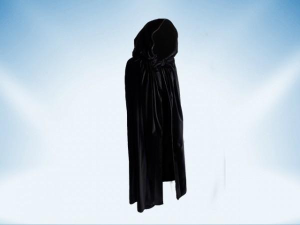 Black cape with hood made of velvet