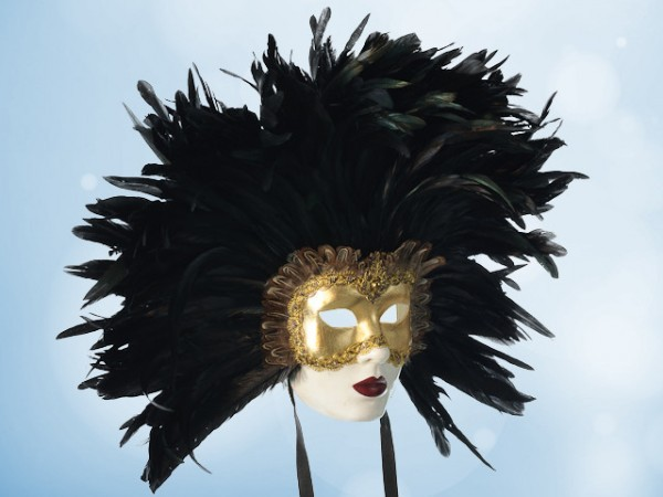 Eyes Wide Shut mask with feathers