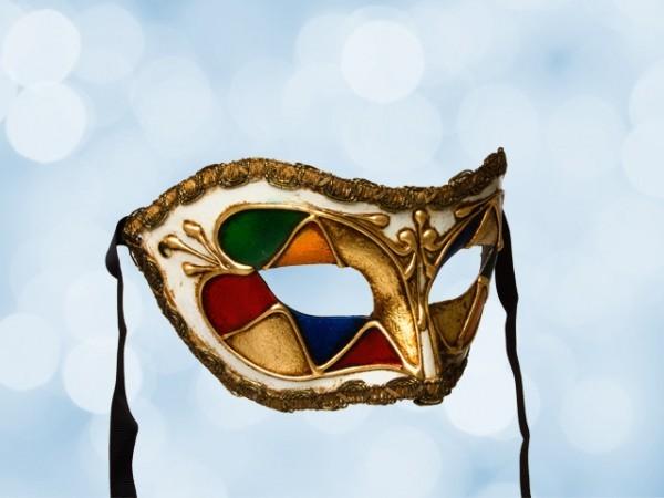 Half mask in multicolor
